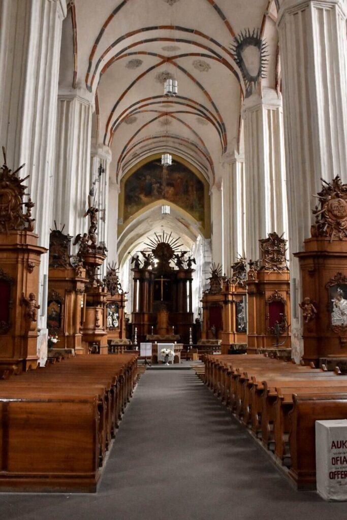Wnętrze Kościoła Św. Anny w Wilnie.