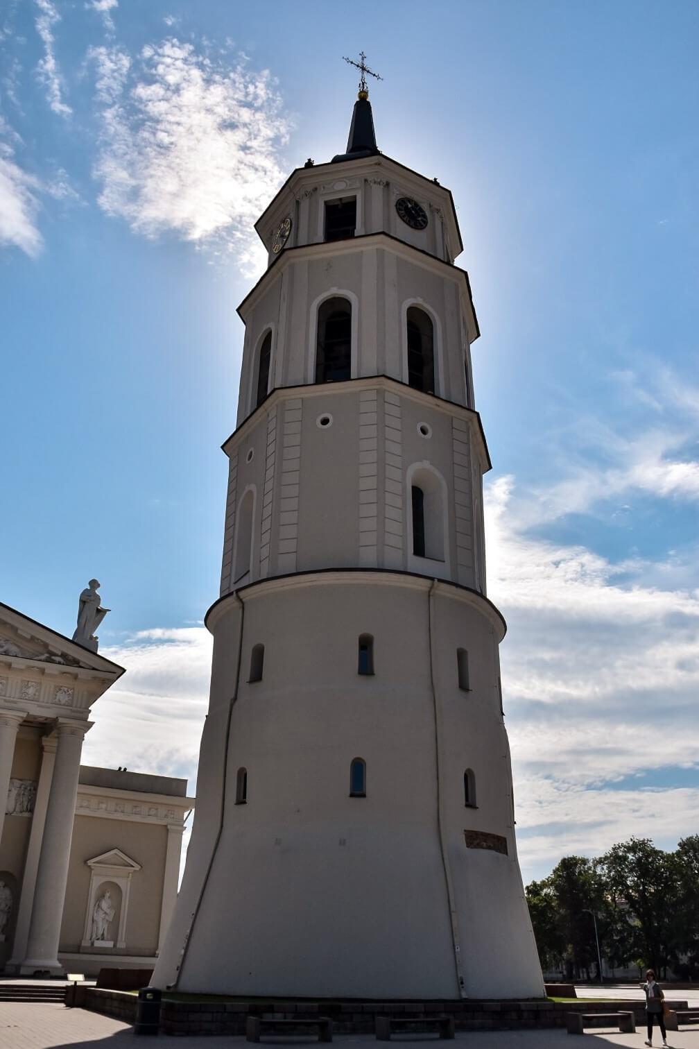 Wilno, dzwonnica archikatedry.