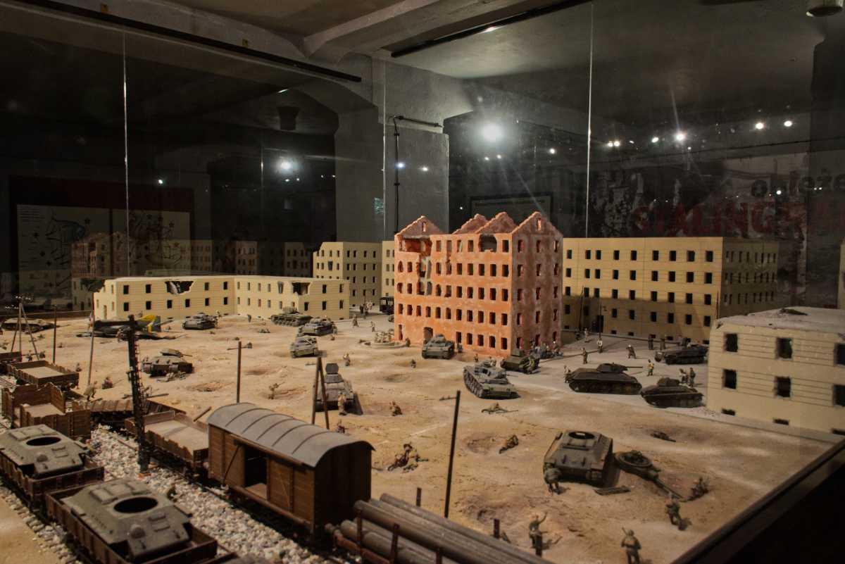 Rekonstrukcja bitwy w muzeum w Mamerkach.
