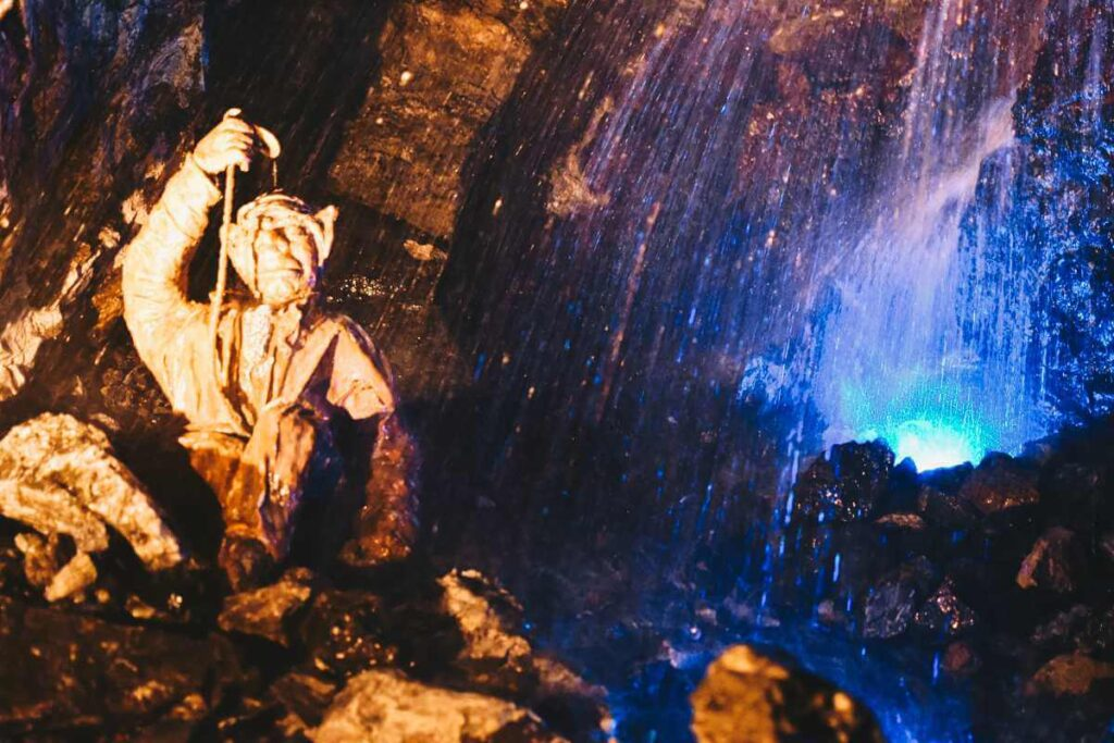 Kopalnia Złota Złoty Stok wodospad.