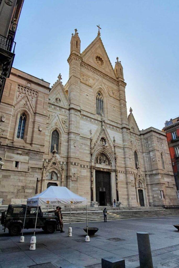 Katedra w Neapolu.
